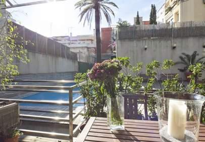 Duplex in Carrer d'Homer