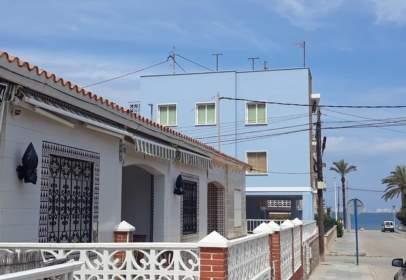 Casa en calle Isla de los Faisanes