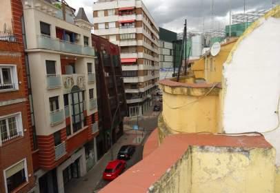 Ático en calle Banderas de Castilla