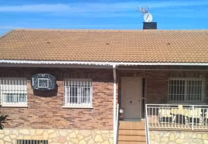Single-family house in Mesones de Uceda