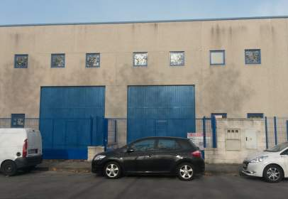 Industrial building in calle Max Plack