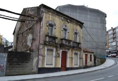Casa a Avenida de la República Argentina, prop de Travesía da República Arxentina