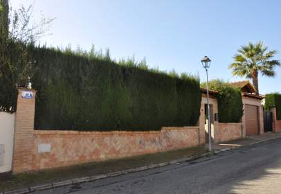 Chalet in calle Pablo Sorozabal, nº 3