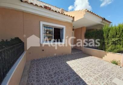 Casa en calle de Miguel Hernández