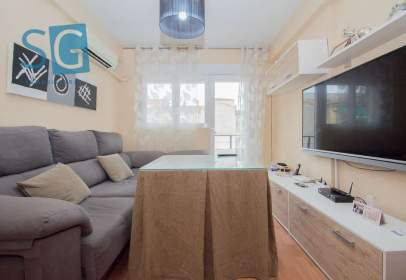 Penthouse in calle Ruiseñor, nº 5