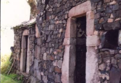 Casa rústica en calle Las Cortinas