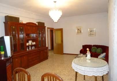 Casa adossada a calle Sevilla