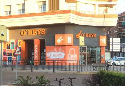 Commercial space in Avenida de Juan Carlos I, nº 64