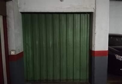 Garatge a calle de Genaro Oraa