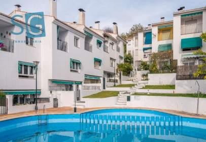 Casa adossada a calle El Romeral