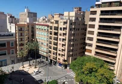 Piso en Avenida del Rey Don Jaime, cerca de Calle de Alloza
