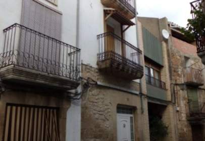 Terraced house in calle Baja, near Plaza de España