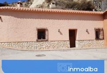 Casa rústica en Pasaje Zutijar, nº 10