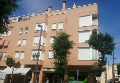 Penthouse in calle de Madrid, near Travesía de Carabanchel