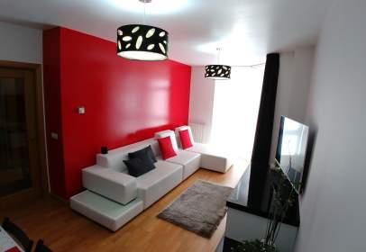 Apartamento en Avenida de La Coruña, cerca de Calle del Enebro