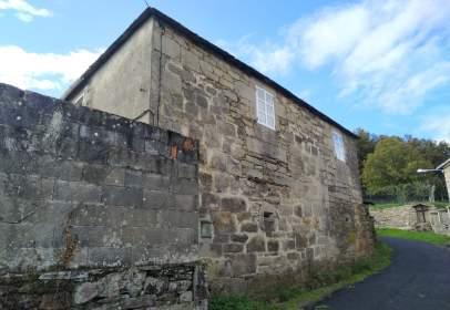 House in calle Grazos, Castelo