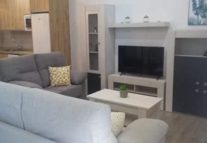 Apartament a calle de Sagunto, prop de Ronda del Marrubial