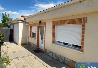 Terraced house in calle de El Barrero