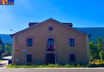 Rustic house in calle Santa Águeda