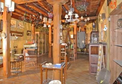 Local comercial a calle Cuartel Nuevo