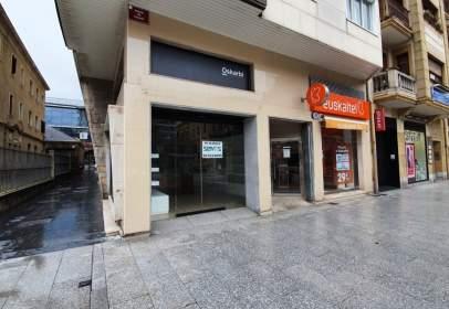 Local comercial a Colon Ibilbidea