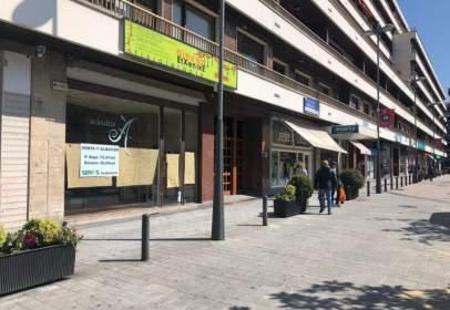 Local comercial a calle Luis Mariano