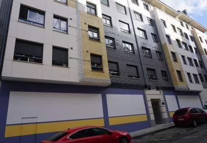 Flat in calle Peña Mea, nº 4