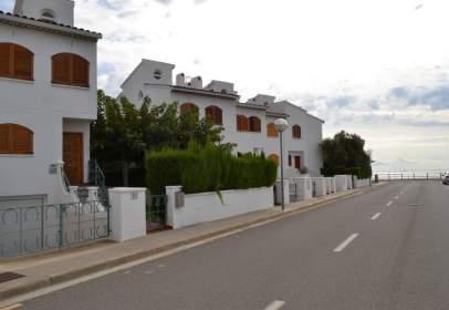Casa adossada a Carrer del Pontasgo
