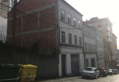 Casa en calle Calzada de la Ponte, cerca de Calle del Cruzamento