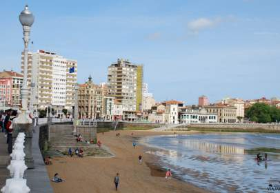 Flat in calle Prendes Pando