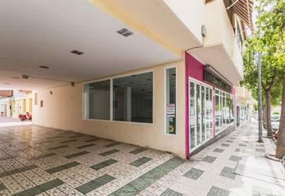 Local comercial a Plaza Plaza de La Marina