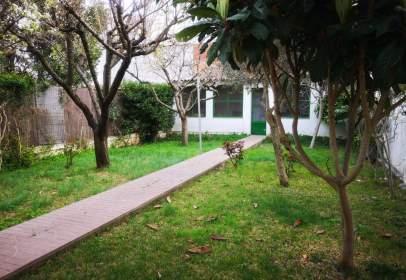 Casa en calle Josep Ametller I Viñas