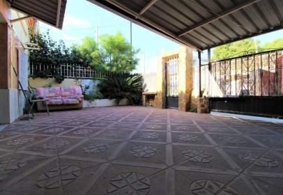 Casa en calle Alzira