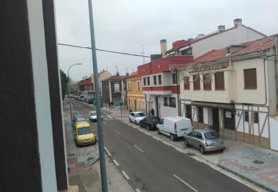 Flat in Paseo de Padre Faustino Calvo
