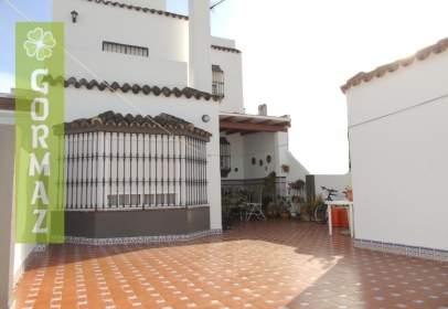 Casa en calle Monte del Aguila