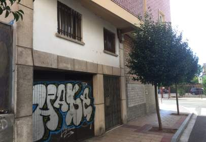 Garage in calle Camilo calleja