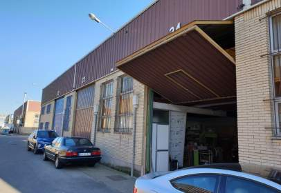 Commercial building in Taglosa