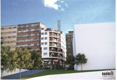 Pis a calle del Doctor Loureiro Crespo, prop de Calle de Casimiro Gómez