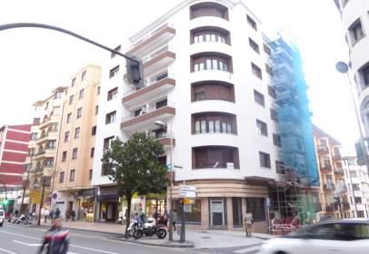 Piso en calle Jacobo Arbelaiz, nº 1