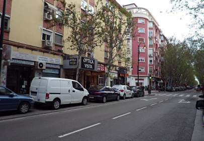Commercial space in Avenida del Compromiso de Caspe
