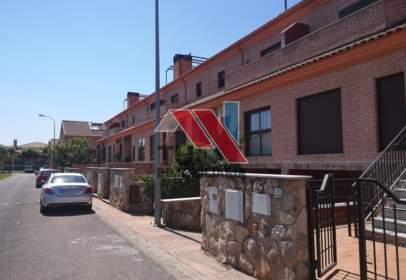 Chalet adosado en calle Mauel de Falla, nº 6