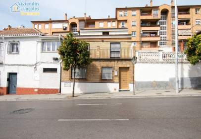 Casa en calle del Cardenal Parrado