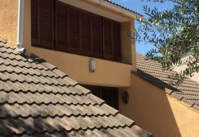 House in calle Alt Penedes