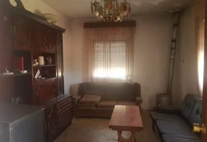 Single-family house in Urbanización Vereda Topo