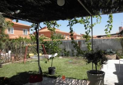 Casa a calle Ugena
