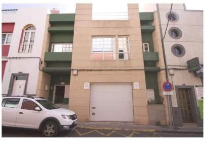 Casa aparellada a calle Clemente Jordán, nº 74
