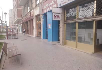 Local comercial en Avenida Cantabria