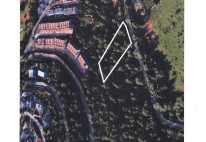 Land in calle Roca Llisa