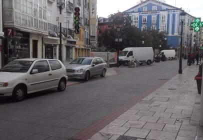 Pis a calle Laín Calvo