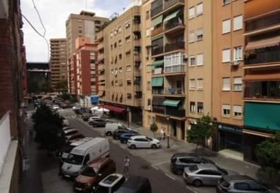 Apartament a Carrer de Caravaca